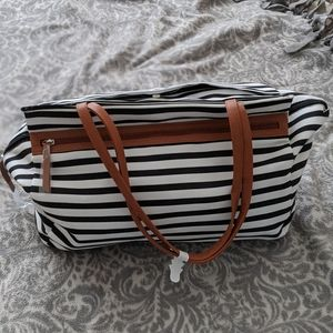 Stripped weekender travel bag